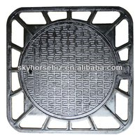 Ductile iron locking seal manhole cover
