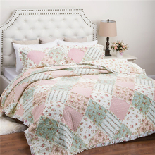 Patchwork And Printed Hand Made Full Size 100 Polyester Quilt Sets