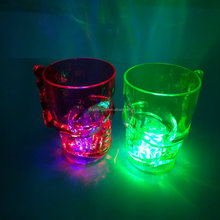 Hot sell light up skull mug Custom popular bar plastic flashing light Led cup For Party Event