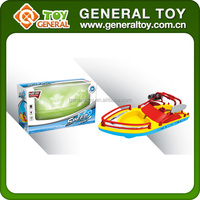 Children Battery Operated Airship Plastic Toy Ship Model With Light Music