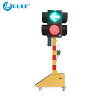 Top grade Good supplier led on-board remote control solar portable traffic lights hot sale road emergency solar traffic signal l