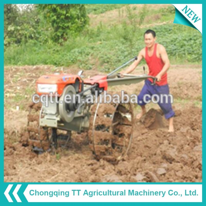 Factory price kubota mini hand agricultural tractor with disc harrow made in China