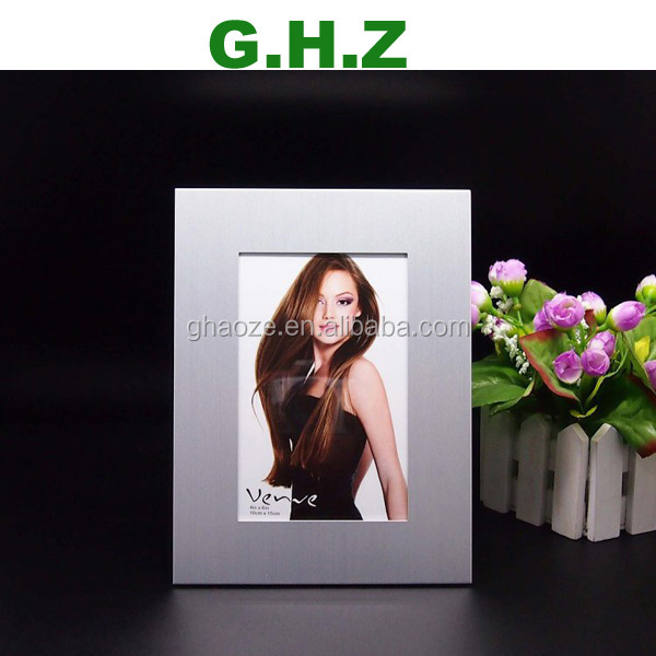 High Quality Aluminium Alloy Metal Photo Frame 12 Month Baby Photo Frame Factory