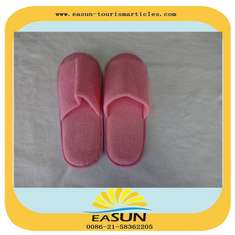 Popular custom open toe five toes pink fluffy slippers for sale
