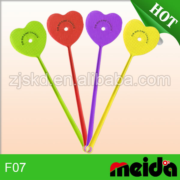 Top quality heart shaped fly swatter colorful flyswatter mini fly swatters
