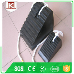 Heavy duty rubber wedge for trucks with handle wheel chocks tyre stopper Trade Assurance