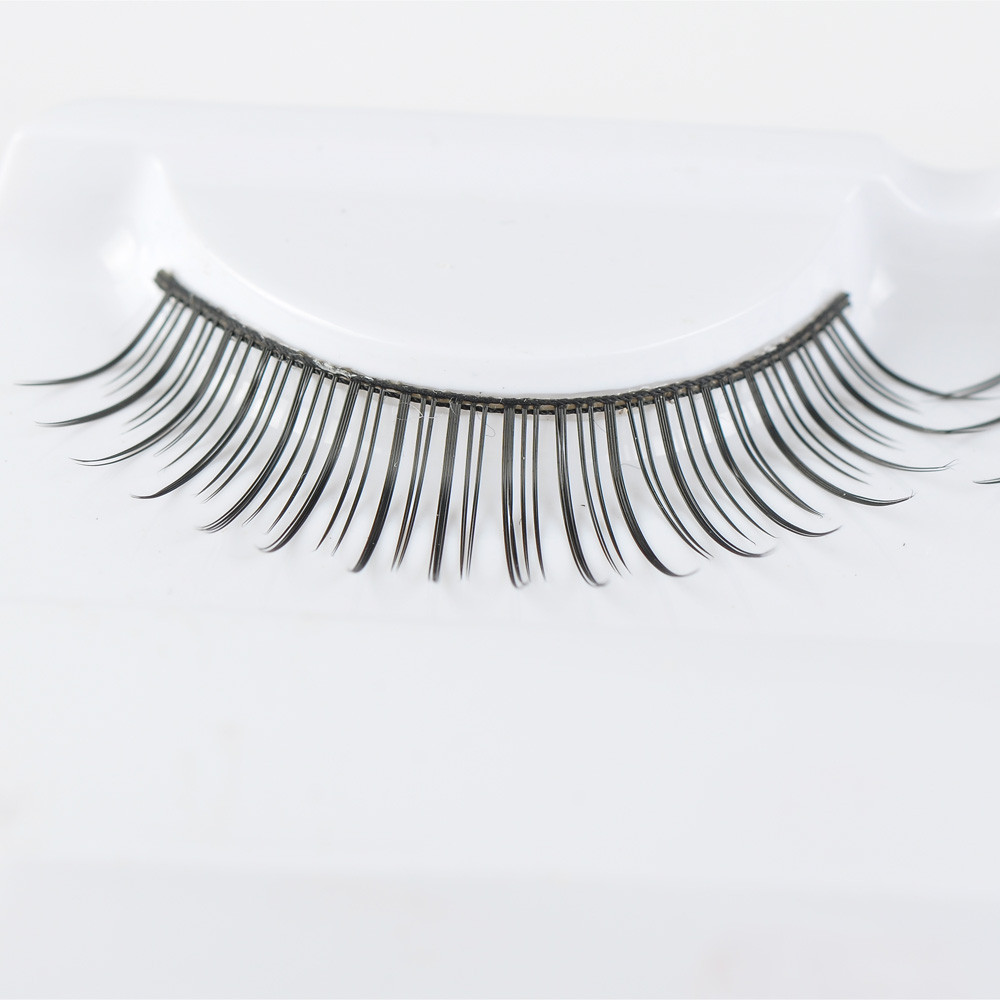 Wholesale high quality and low price false lashes private label packaging eyelashes