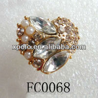 Crystal And Pearl Setting Heart Shape Dust Proof Cap Plug For Mobile Phone Earphone Jack