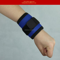 Hot popular wrist support medical self heating wrist wraps for cold wrist