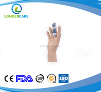 Finger fixing device for recovering injured finger