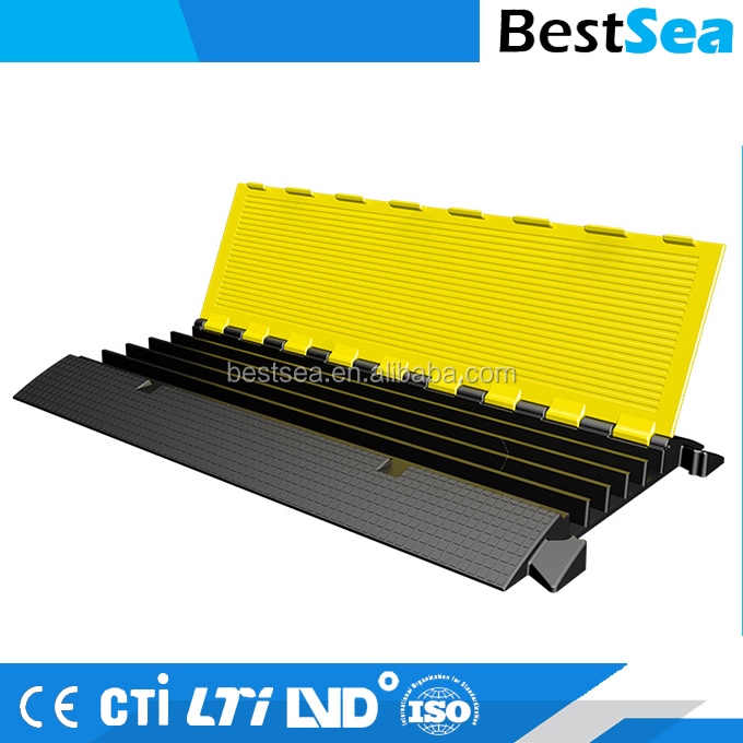 Various size rubber cable protector floor