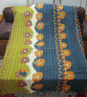 vintage quilt/throw/ralli/gudri/bedcover/bedspreads bed cover