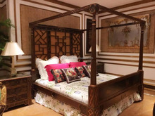 Imperial Noble Hand Painting Wooden Canopy Bed, Italian Palace King Size Four-Poster Bed With & Night Stand