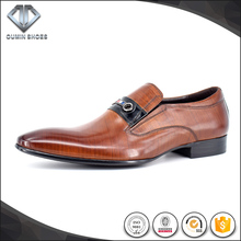 Special metal design tan Italian leather dress shoe business shoe for men