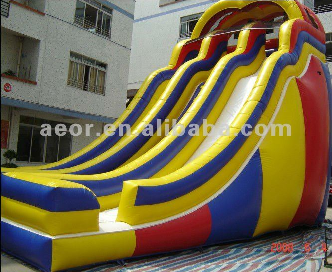 2012 Happy Inflatable giant water slide (Hot sales in Europeans