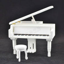 Best gifts for Christmas / Birthday Wood Piano Music Box
