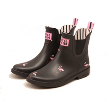 High Quality beautiful pattern printing ankle style soft rubber rain boots for women