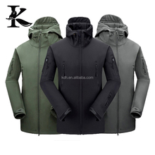 Waterproof hunting apparels Breathable Soft shell jacket