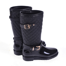 2016 High Quality Waterproof Non-slip Rain Boots for Women Wholesale