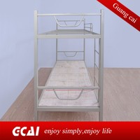The cheapest laborer lving bunk beds are used in