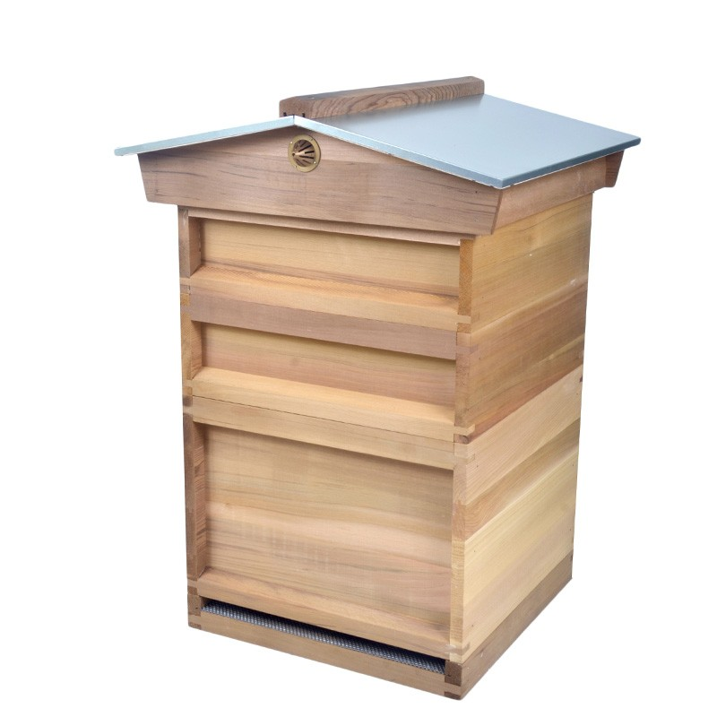 Factory directly supplies Canada Red Cedar 2017 national bee hive with metal cover for Europe market