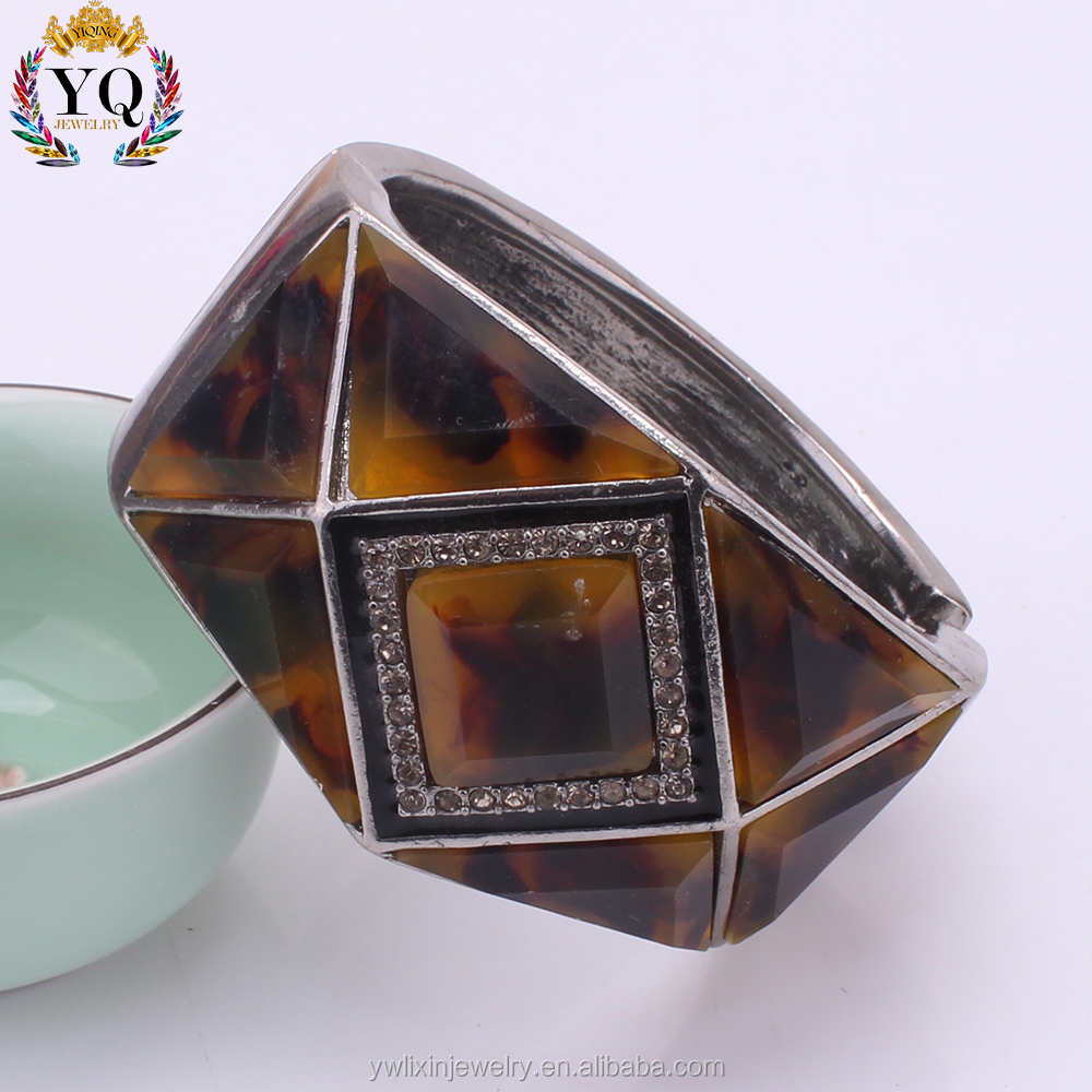 BLX-00429 Wholesale tortoise shell bangle cuff resin molds for jewelry wide chunky wide resin bracelet with crystal