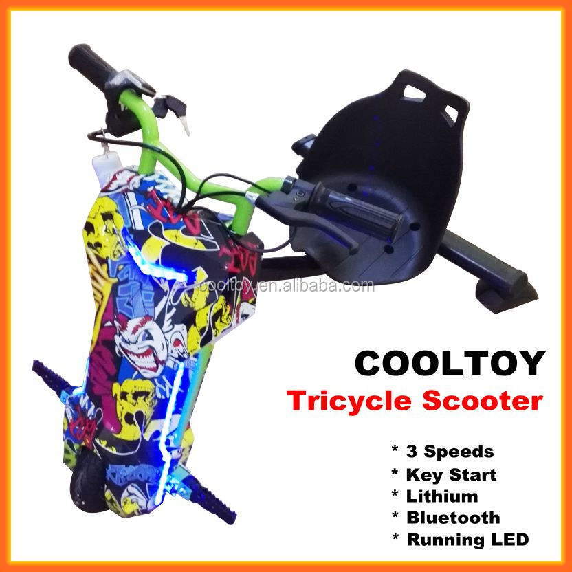 Cooltoy Children Lithium Battery 3 Wheel Electric Scooter with LED Bluetooth Water Transfer Color