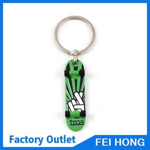 Wholesale bulk hot sale sport game custom metal skateboard key holder