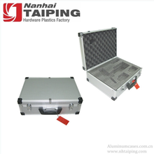 High Quality Silver Custom Aluminum Tool Case Sample Carry Case Hard Case with Foam