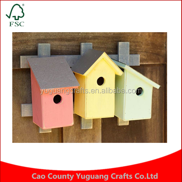 Custom Feeder Handcrafted Manufacture Wholesale Pastel Trellis Wooden Cedar Wren Bird House Cages