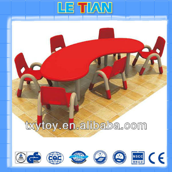 2013 Hot sale plastic school furniture kids table and chair set LT-2145F