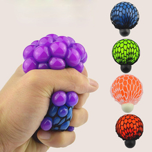 Mesh squishy ball anti stress squeeze grape ball relieve pressure ball toy with random color//