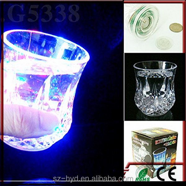 2016 Bar Accessory Plastic Flashing led cup And Glass With Logo