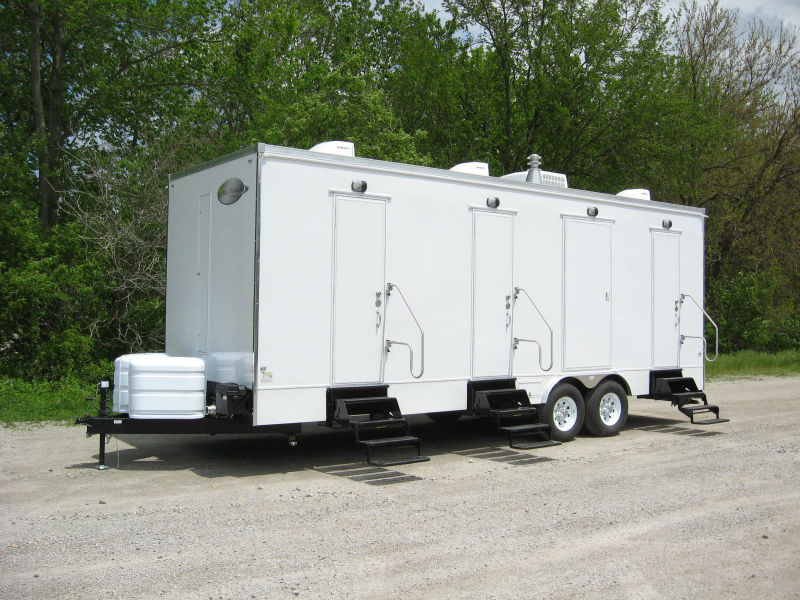 6 STATION SHOWER TRAILERS