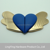 Lady elegant heart shape side release buckle with wings