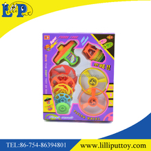 Newest design 5 layer plastic cochain top toy with light