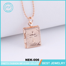 New Retro Book Style Photo Frame Floating Locket Pendant Necklace Christian Religious Necklace With Cross Pattern