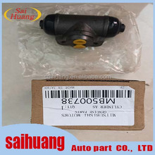 Chassis Parts Rear brake wheel cylinder For Mitsubishi L200 4M40 MB500738
