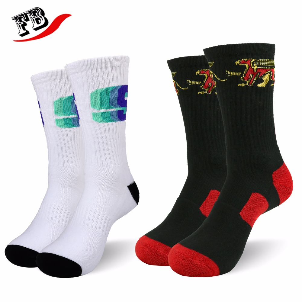 Custom young adults sport running knitted socks with high quality