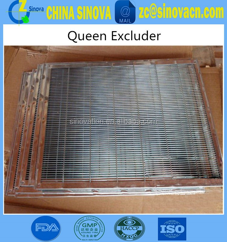Economic plastic & metal queen excluder use in beehive