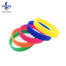 Cheap Items To Sell Silicone Bracelet Rubber Charm Bracelet
