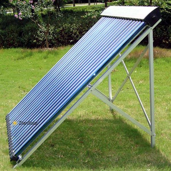 Heat pipe pressurized solar collector for solar swimming pool
