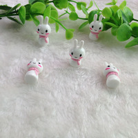 Promotional New Loose Handicraft The Scarf Rabbit Doll Fashion Resin Cabochons
