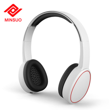 Noise cancelling stereo wireless earmuff headphones