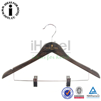 High End Luxury Wooden Suits Hanger Custom Wooden Hanger