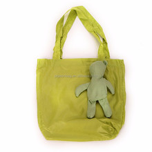 high quality big shopping bag eco burlap bear shopping bag handle grip hanger polyester nylon green expandable shopping bag