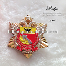 Metal soft enamel russia eagle military design lapel pin badge with gold plating