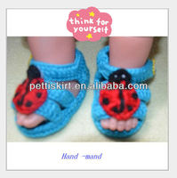 OEM Custom Fashion Knitting Pattern New Born Handmade Crochet Baby Shoe