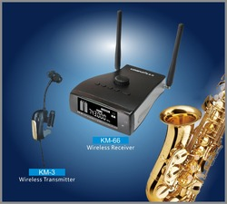 Professional stage true diversity wireless saxophone microphone system , receiver powered by battery