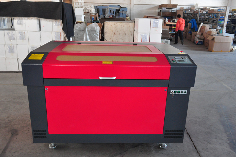new designed efficient co2 laser engraving cutting machine with 900*1200mm for acrylic leather wood